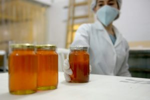Argentina exportó miel fraccionada a Brasil después de más de una década