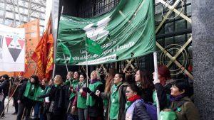 Aborto legal: Pañuelazo en la CGT y debate en el Senado