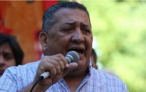 """Exabrupto de D'Elía: """"A Macri hay que fusilarlo en la Plaza de Mayo"""""""