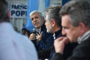"""Domínguez le contestó a Carrió:  """"fue ella misma quien amenazó"""" con romper Cambiemos"""