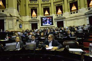 Tras el anuncio de Macri, opositores criticaron los cambios en las FF.AA