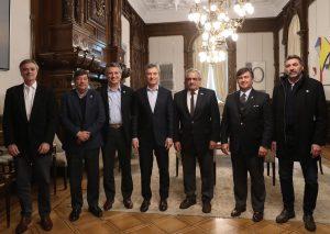 Macri le aseguró a los ruralistas que no habrá cambios en las retenciones