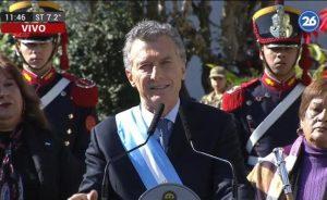 """Ante la """"tormenta"""" que atraviesa el país, Macri convocó la dirigencia a hacer su """"aporte"""" desde la sensatez"""