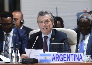 Pacto fiscal: Macri les pidió a los gobernadores bajar los impuestos para generar empleo