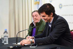 Por el carnet único de los choferes de taxis y remises, Urtubey se mostró junto a Viviani