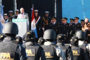"""Schiaretti: «no vamos a permitir que se cometan actos de delincuencia por parte de quien viste uniforme"""""""