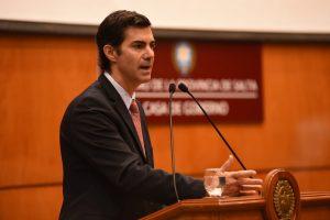 Urtubey le cuestionó al Gobierno de Macri el abusar de la «grieta»