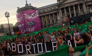 Aborto legal y acuerdo con el FMI, dos temas de la agenda del Congreso de esta semana