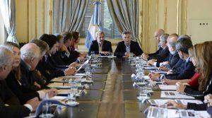 Convencido de que se avanza en el «camino correcto», Macri volvió a enviar un mensaje a los gobernadores