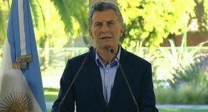 """Macri anunció que acordó con el FMI adelanto de """"fondos necesarios"""" para eliminar incertidumbres"""