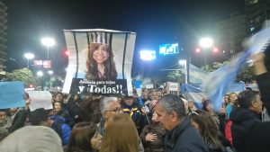 """#21A Cordobeses demandaron que """"devuelvan lo robado"""""""