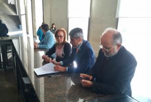 Ante la Justicia, triunvirato opositor denunció un «direccionamiento» de la licitación que ganó la ex Kolektor