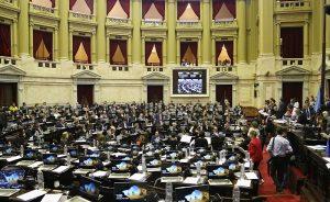 Oposición impulsa sesión en Diputados para rechazar reforma de las FF.AA