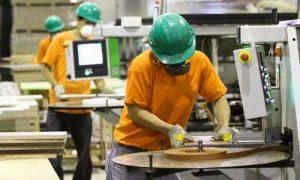 La producción de la industria pyme cayó 7,3%