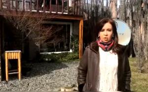 CFK cuestionó el allanamiento en su casa de Calafate y denunció robo de objetos