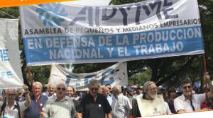 Demandan la reconstrucción del mercado interno y la industria nacional