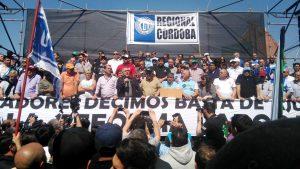 """El movimiento obrero de Córdoba volvió a movilizarse contra """"más ajuste"""" de Macri"""