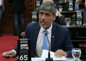 Quinteros (con Juez) arremete con una denuncia penal contra la Epec y Electroingeniería por la Central Pilar