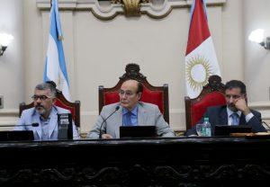 El oficialismo quiere acuerdo para avanzar en la fusión de comisiones