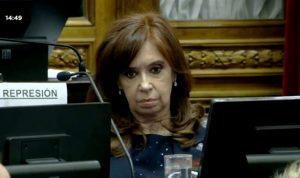 """CFK procesada por el """"cuadernogate"""" como """"jefa de una asociación ilícita"""""""