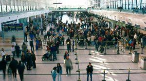 Los arribos de turistas extranjeros por vía aérea crecieron casi un 7 por ciento en julio