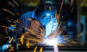 Según el Indec, la economía cayó 2,7% en julio