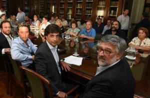 """Gobierno de Vidal acusa al Suteba de Baradel de convertirse en el """"partido político más hostil de la oposición"""""""