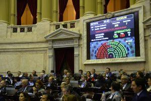 Con el apoyo de gran parte del Peronismo Federal, Cambiemos logró la media sanción del Presupuesto 2019