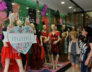 Saldo negativo: las ventas cayeron 13,3%, en el Día de la Madre