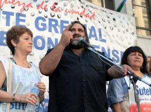 Con un paro con piso de 48 horas, docentes rechazan el aumento por decreto de Vidal