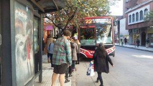 Tras intimar a las empresas, el municipio quiere que el lunes el servicio de transporte sea «normal»