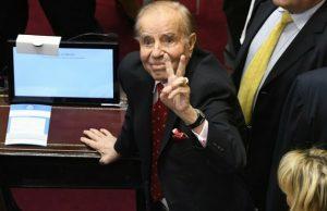 Carrió y Negri condenaron el fallo de la Justicia que absolvió a Menem
