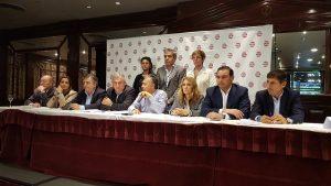 """La UCR ratificó su pertenencia a Cambiemos pero reclamó salir de """"la agenda del ajuste"""""""