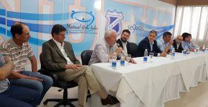 Ante representantes del mutualismo de su territorio, Llaryora insistió en su rechazo al pago de Ganancias del sector