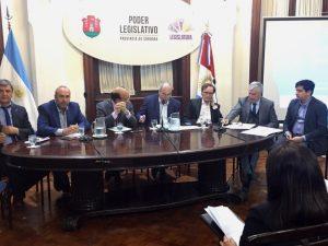 Con el despacho, el oficialismo avanza un paso más en la autorización de nueva deuda por USD 500 millones
