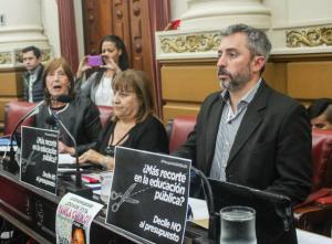 Fresneda expresó su «preocupación» por la nueva toma de deuda, ante el contexto financiero que generó el Gobierno de Macri