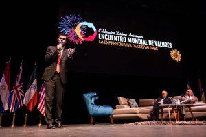 """En foro en México, Urtubey destacó el cambio de """"modelo prestacional"""" de las políticas sociales en Salta"""
