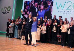 Macri destacó el «haber promovido» el debate por el aborto legal