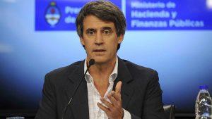 """Prat Gay: los argentinos tendrán que """"convivir con las consecuencias de esa crisis"""""""