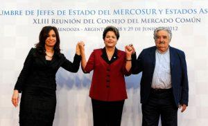 Pichetto cuestionó la contra cumbre del G20 que encabezarán Dilma, Mujica y CFK