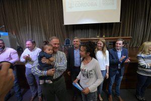 """Schiaretti: """"Son 8 millones de pesos que se vuelcan a la calle para mover la economía"""""""