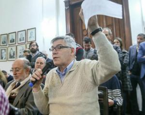 Para Salas, el proyecto pesentado por Giordano está «en sintonía con el presupuesto de Macri y el FMI»