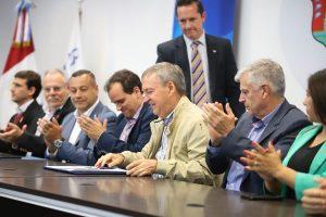 Schiaretti volvió a garantizar los fondos destinados a subsidiar el transporte público
