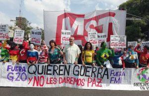 Multitudinaria marcha nacional en contra el G20
