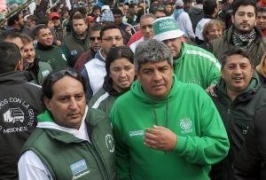 """Moyano cargó contra Macri por ocuparse de un partido de fútbol en vez del """"desastre económico"""""""
