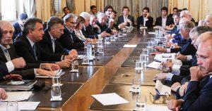 Macri encabezó una reunión con los representantes de la Mesa de la Cadena de Ganados y Carnes