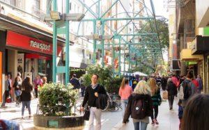 En Córdoba, las ventas minoristas cayeron 8,6%, lo que refleja la mayor baja del año