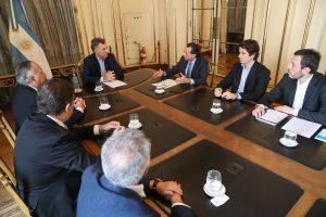 El Gobierno anunció medidas para los sectores textil, calzado y marroquinería