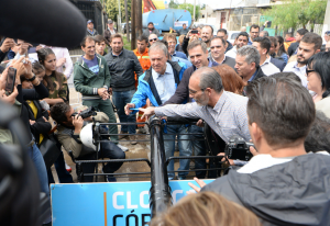 """""""Nunca me van escuchar entrar en disputas políticas"""", dijo Schiaretti, junto a Mestre"""