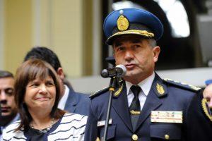 «No es una invitación a disparar», dijo Roncaglia al defender el nuevo protocolo de armas
